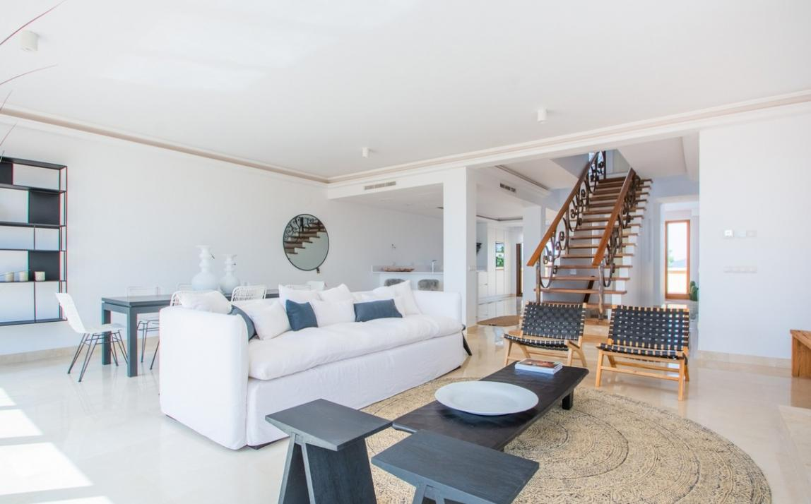 Spectacular Townhouse, south facing, La Mairena, in the hills above Marbella R3910717 6