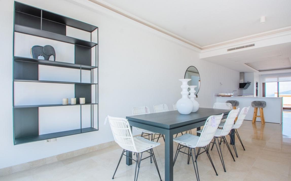 Spectacular Townhouse, south facing, La Mairena, in the hills above Marbella R3910717 8