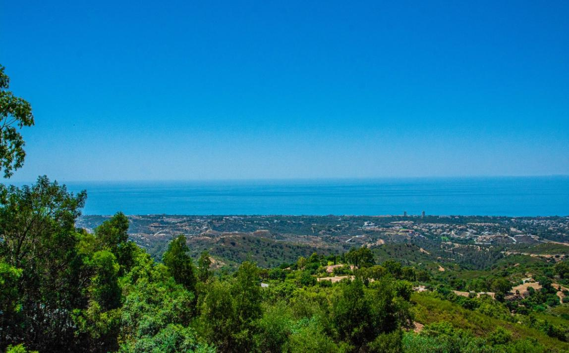 Spectacular Townhouse, south facing, La Mairena, in the hills above Marbella R3910717 21