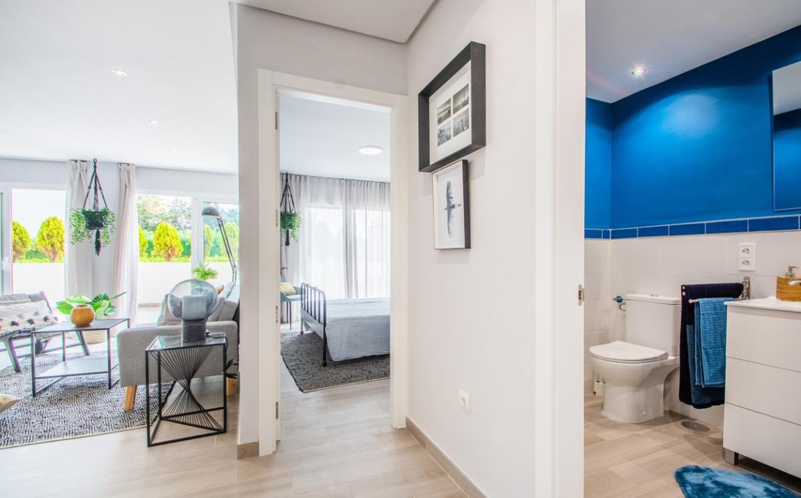 Apartment - Ground Floor, FIRST LINE BEACH, Elviria MARBELLA, R3913909 3