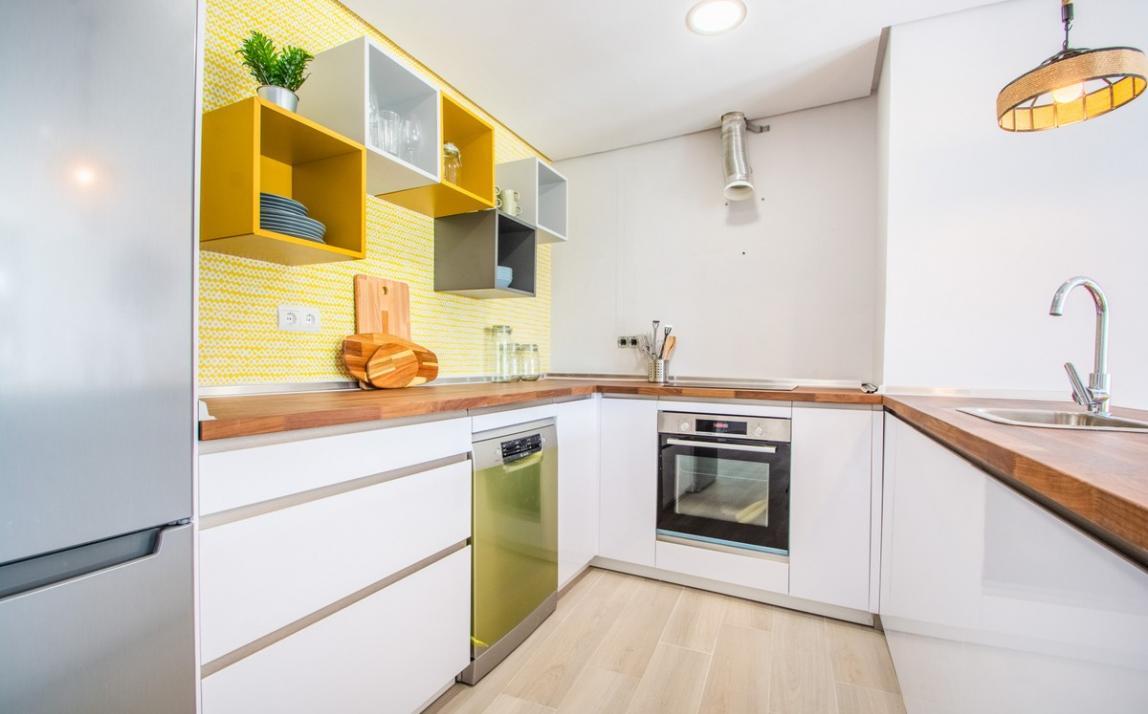 Apartment - Ground Floor, FIRST LINE BEACH, Elviria MARBELLA, R3913909 4