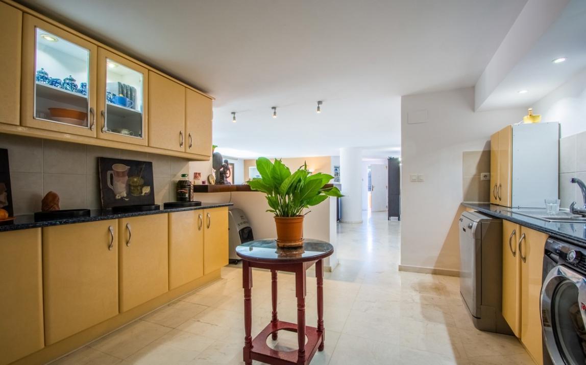 Apartment - Ground Floor, La Mairena Costa del Sol Málaga R3430657 12