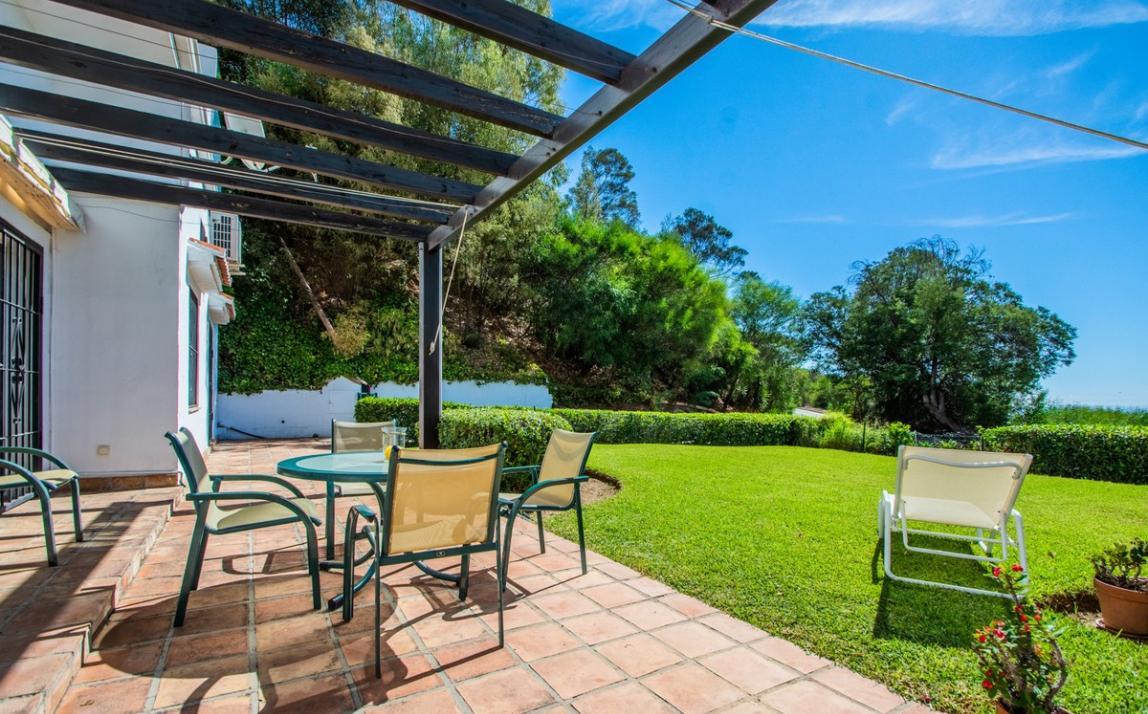 Apartment - garden level, La Mairena Costa del Sol Málaga R3939604 4