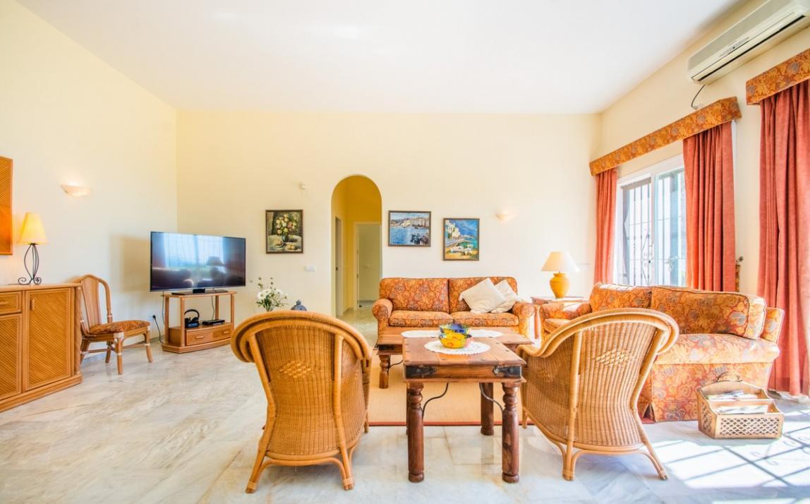 Apartment - garden level, La Mairena Costa del Sol Málaga R3939604 8