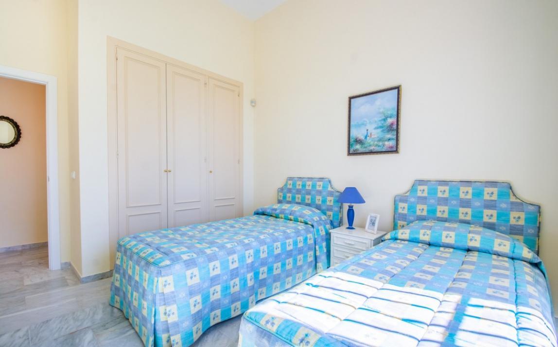 Apartment - garden level, La Mairena Costa del Sol Málaga R3939604 13