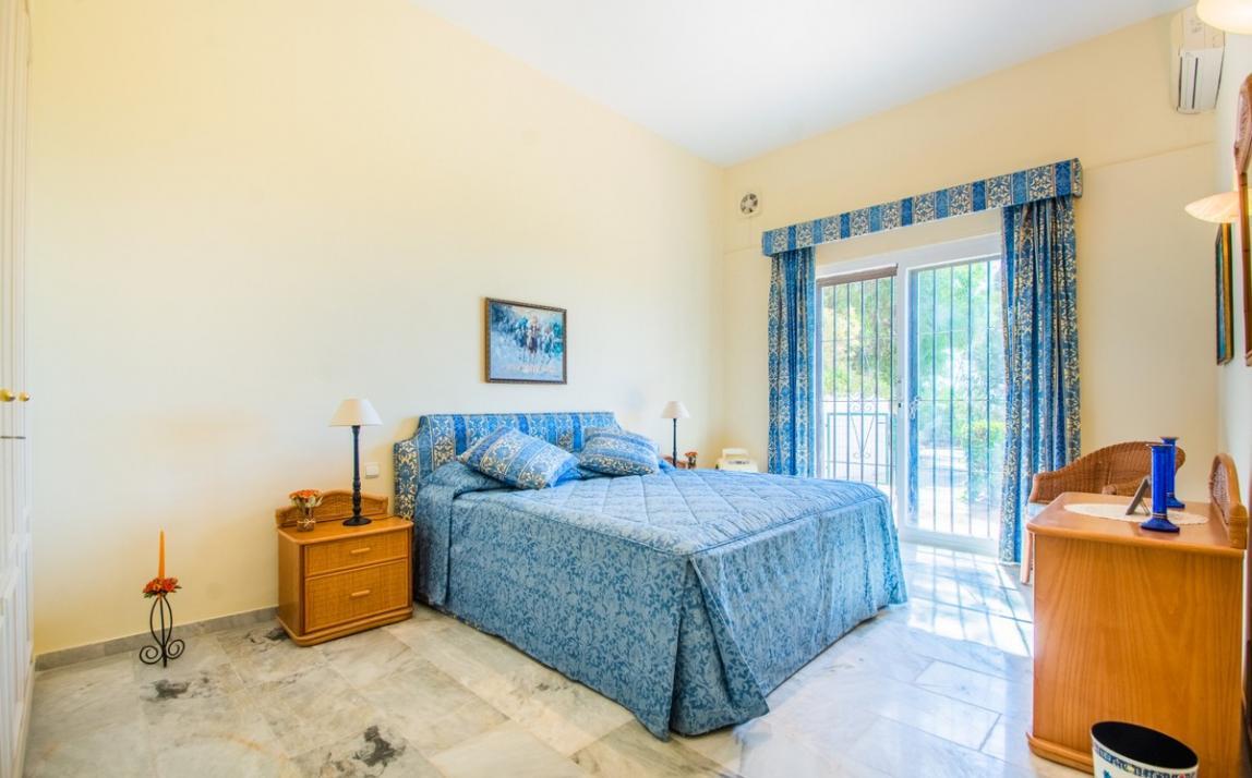 Apartment - garden level, La Mairena Costa del Sol Málaga R3939604 14