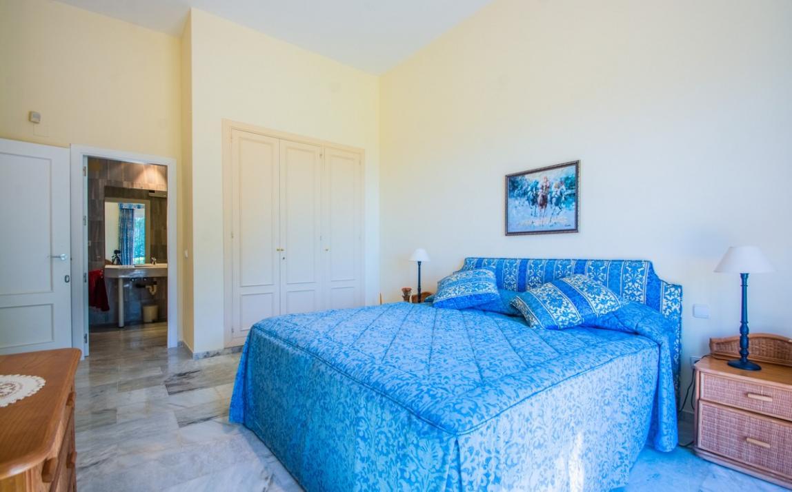 Apartment - garden level, La Mairena Costa del Sol Málaga R3939604 16