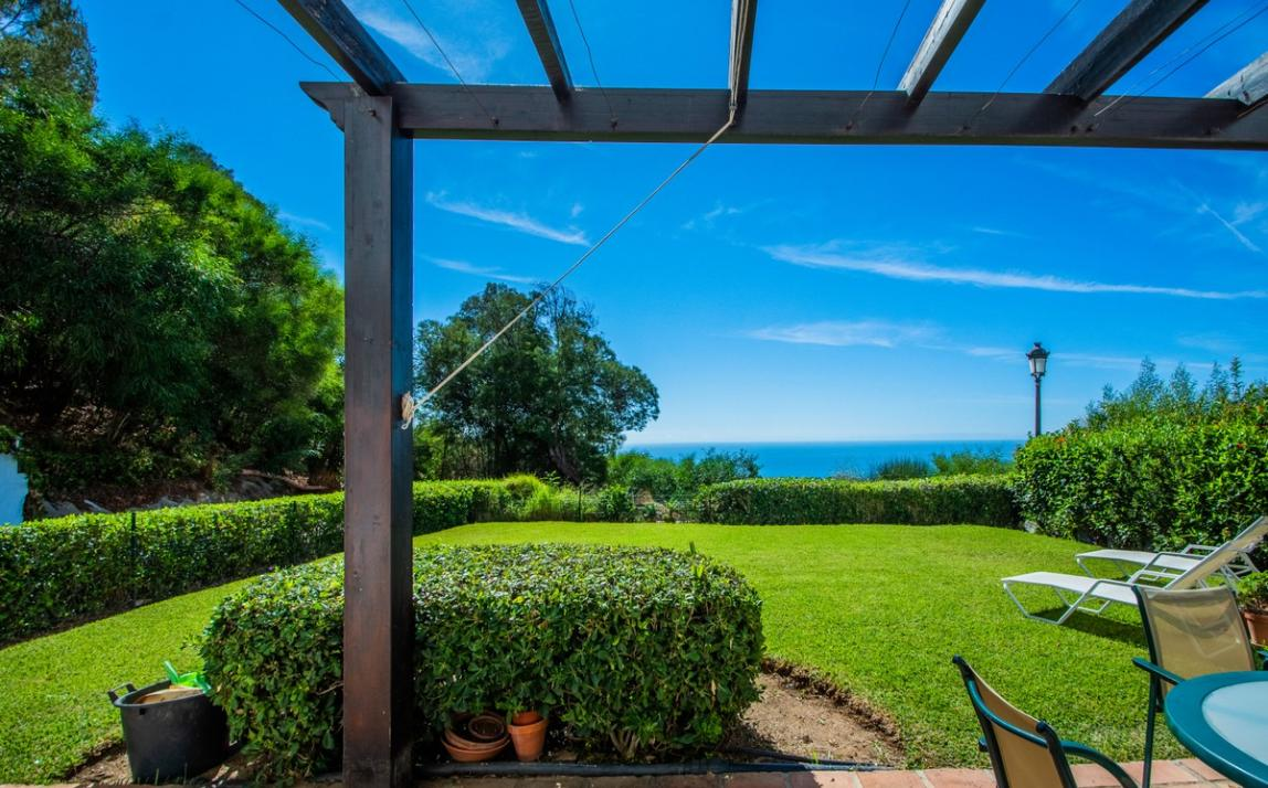 Apartment - garden level, La Mairena Costa del Sol Málaga R3939604 17