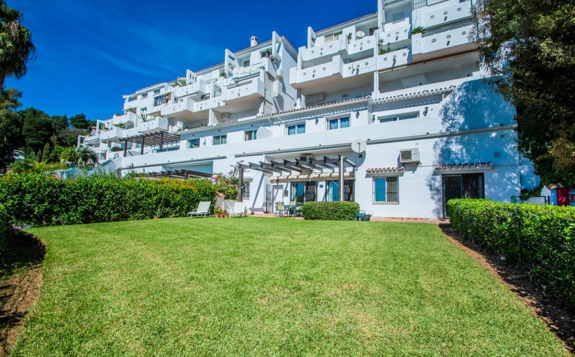 Apartment - garden level, La Mairena Costa del Sol Málaga R3939604 18