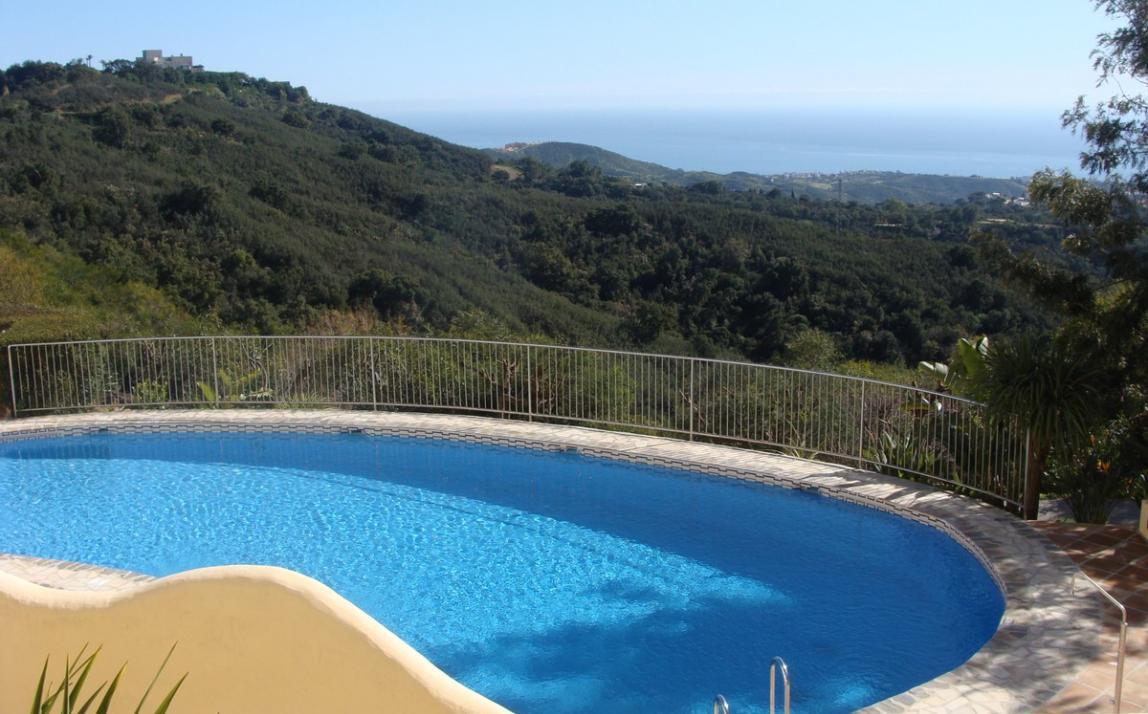 Apartment - garden level, La Mairena Costa del Sol Málaga R3939604 21
