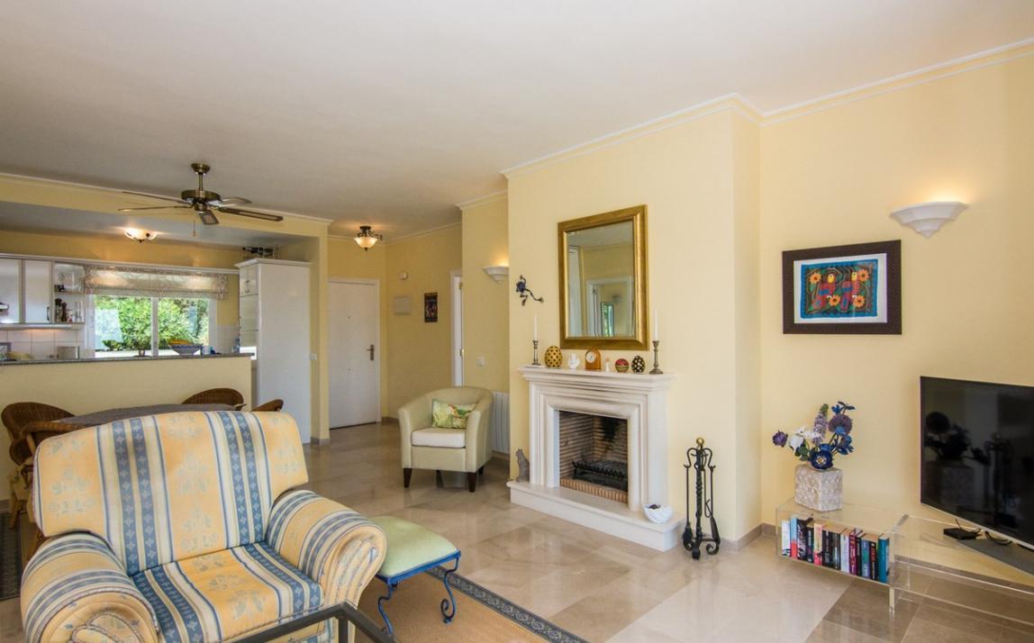 Apartment - Middle Floor, La Mairena Costa del Sol Málaga R2927930 4