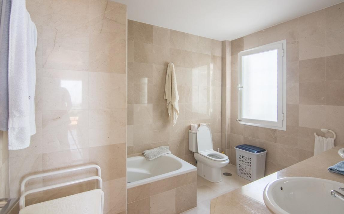 Apartment - Middle Floor, La Mairena Costa del Sol Málaga R2927930 11