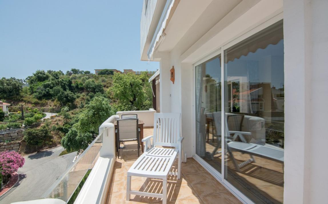 Apartment - Middle Floor, La Mairena Costa del Sol Málaga R2927930 17