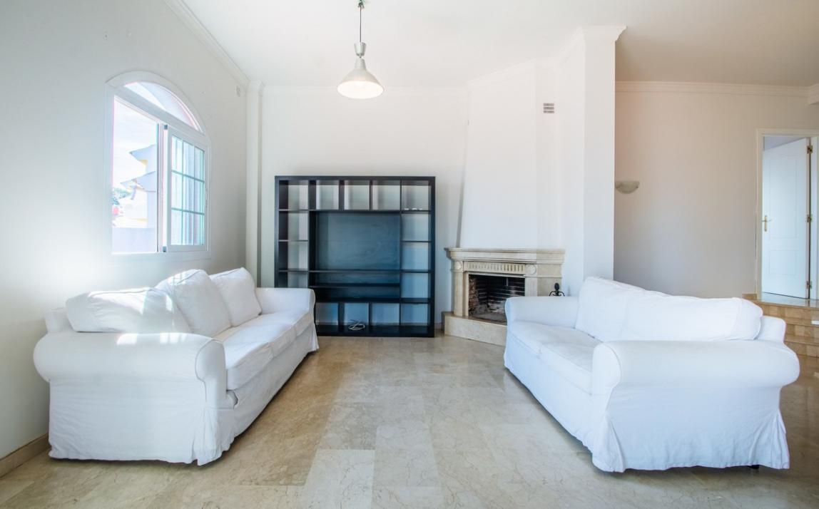 Apartment - Middle Floor, La Mairena Costa del Sol Málaga R3419743 4