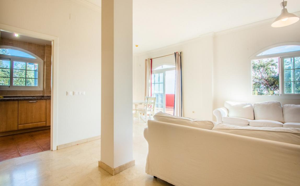 Apartment - Middle Floor, La Mairena Costa del Sol Málaga R3419743 8