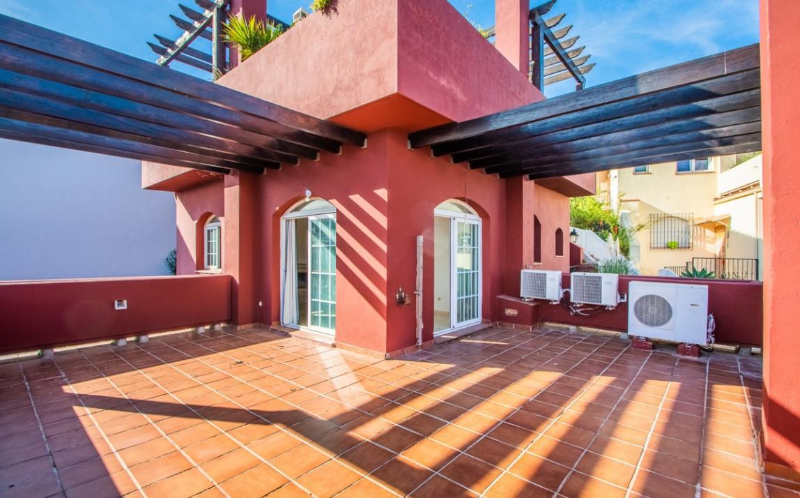 Apartment - Middle Floor, La Mairena Costa del Sol Málaga R3419743 16