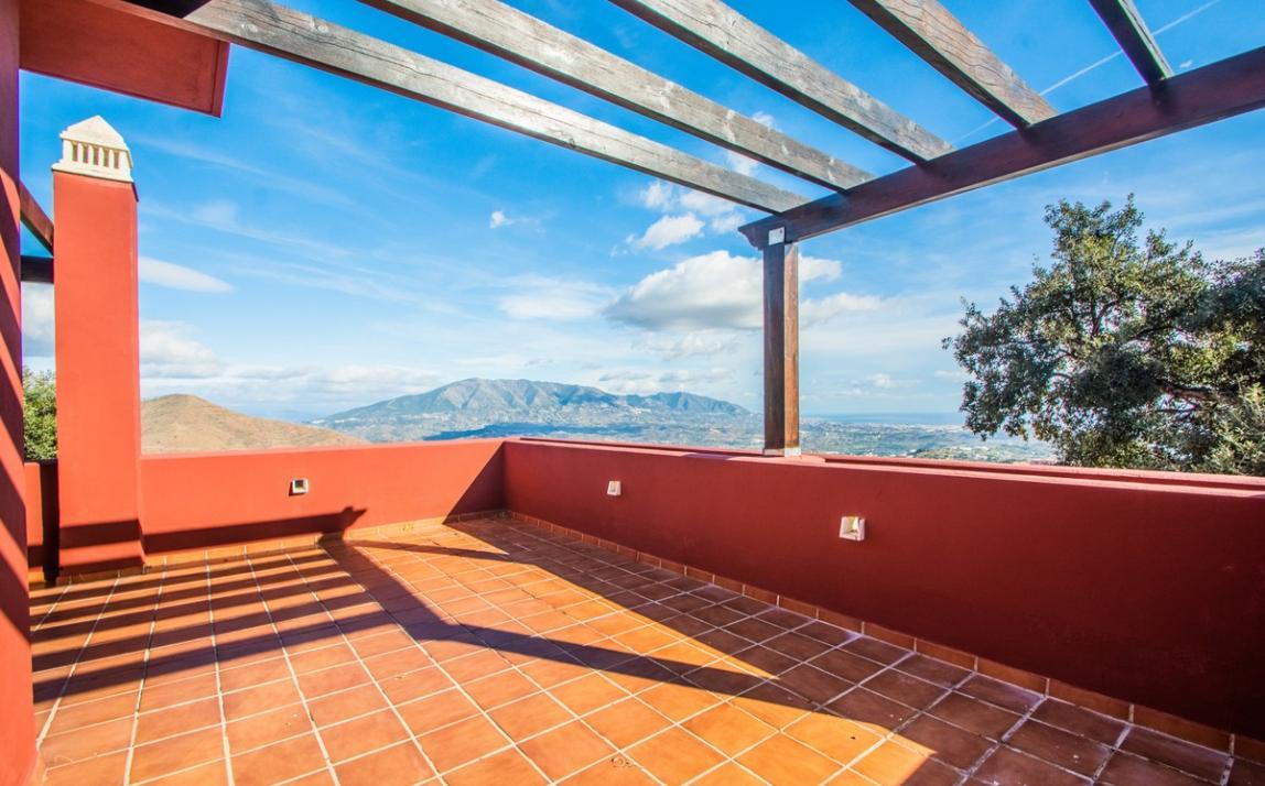 Apartment - Middle Floor, La Mairena Costa del Sol Málaga R3419743 17