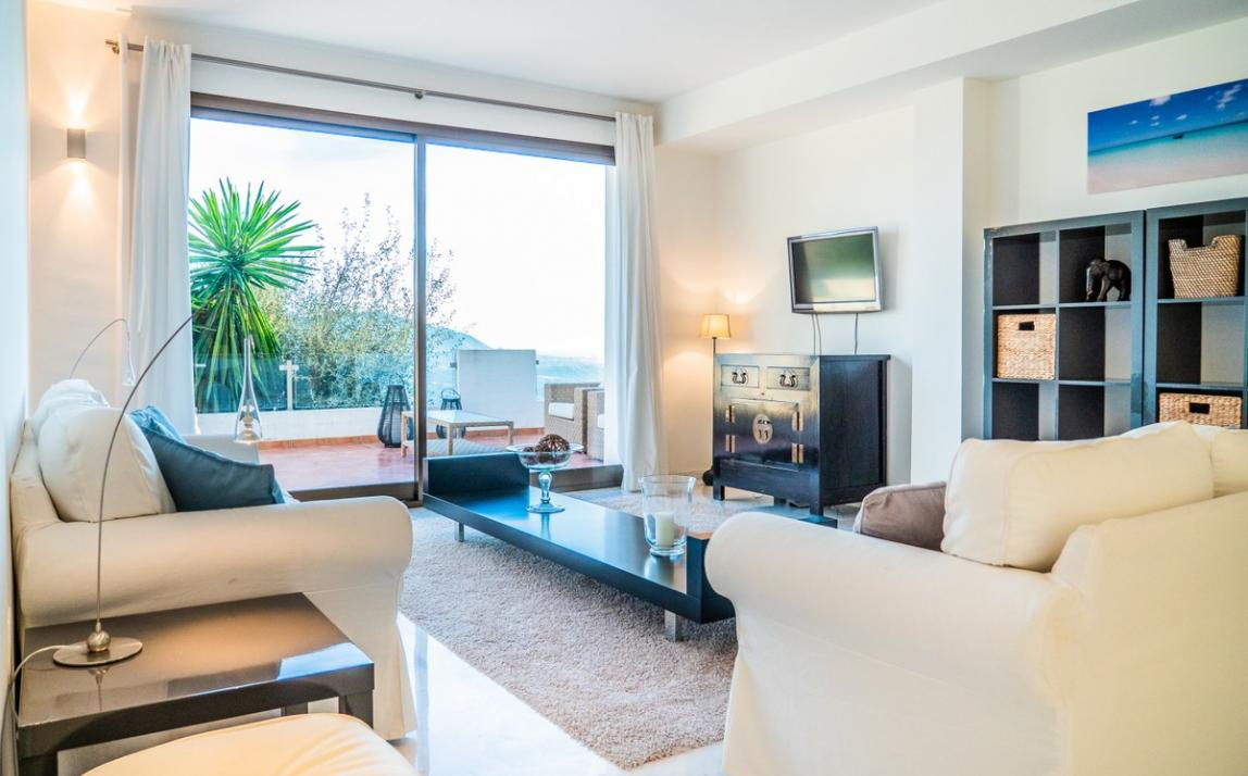 Apartment - Middle Floor, La Mairena Costa del Sol Málaga R3551749 1