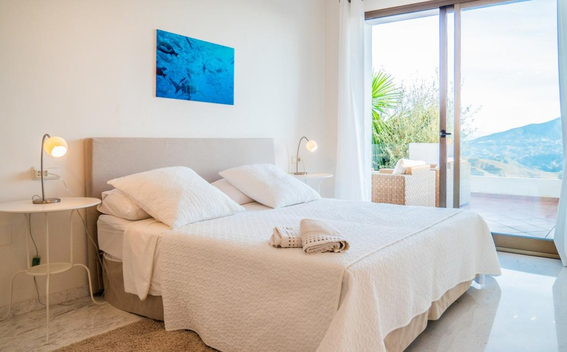 Apartment - Middle Floor, La Mairena Costa del Sol Málaga R3551749 6