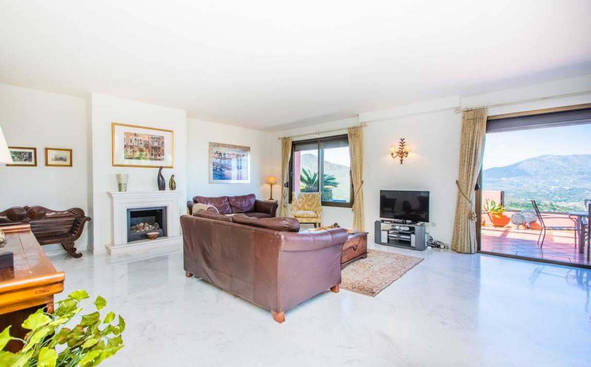 Apartment - Middle Floor, La Mairena Costa del Sol Málaga R3644966 6