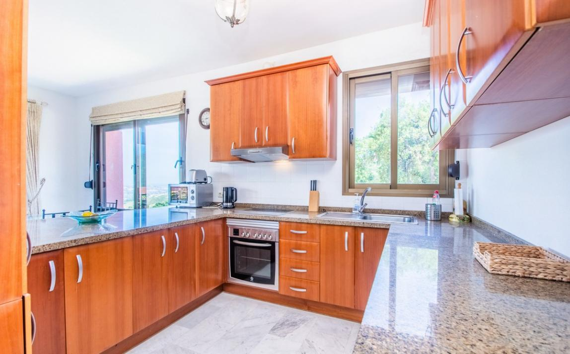 Apartment - Middle Floor, La Mairena Costa del Sol Málaga R3644966 18