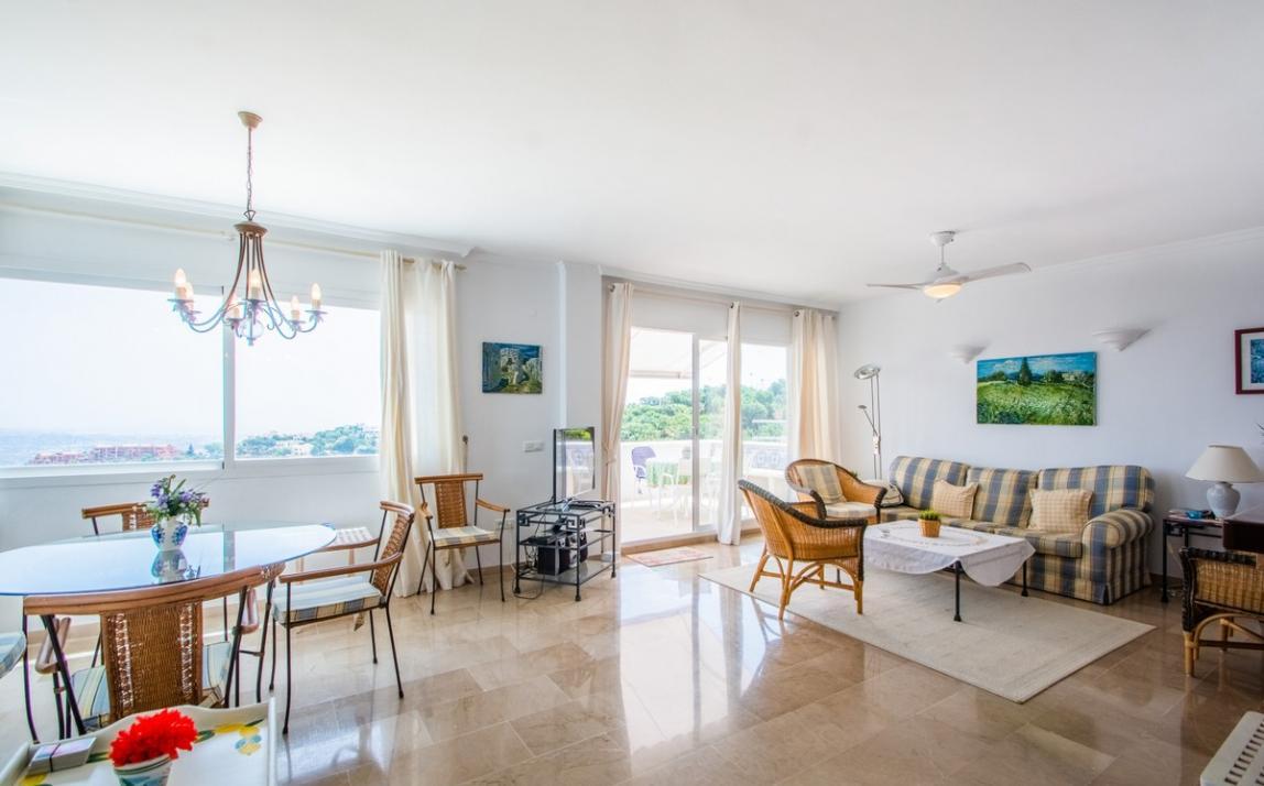 Apartment - Middle Floor, La Mairena Costa del Sol Málaga R3896092 4