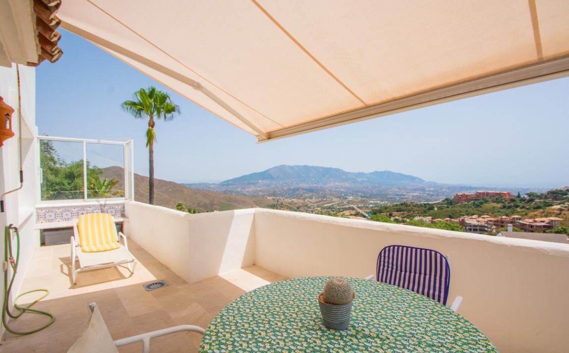 Apartment - Middle Floor, La Mairena Costa del Sol Málaga R3896092 12
