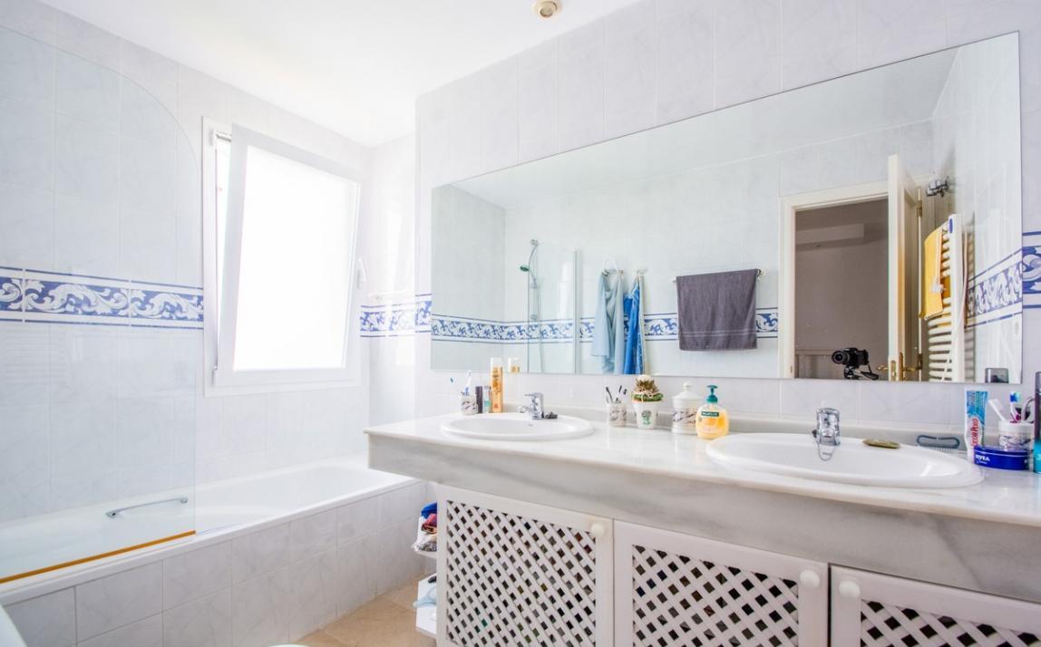 Apartment - Middle Floor, La Mairena Costa del Sol Málaga R3896092 16