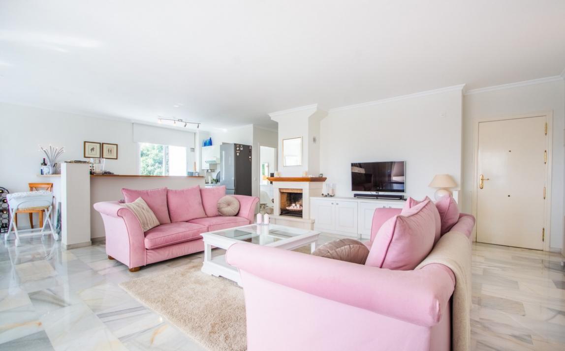 Apartment - Middle Floor, La Mairena Costa del Sol Málaga R3916156 1