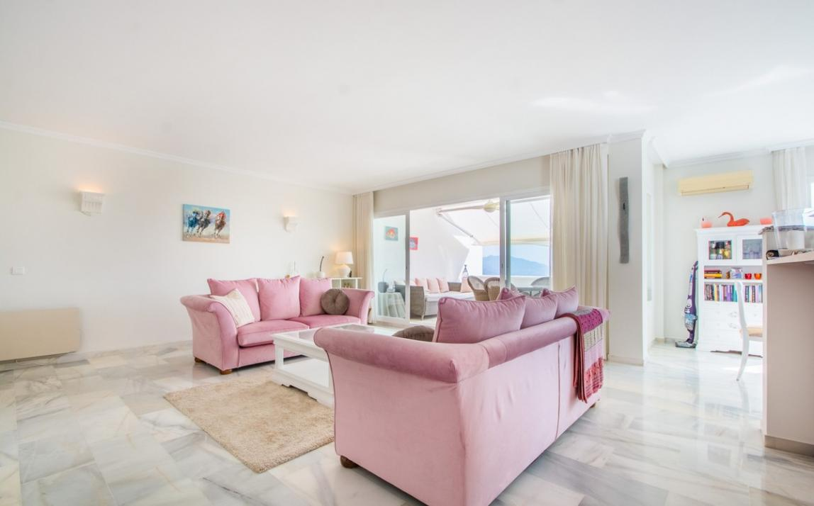 Apartment - Middle Floor, La Mairena Costa del Sol Málaga R3916156 2