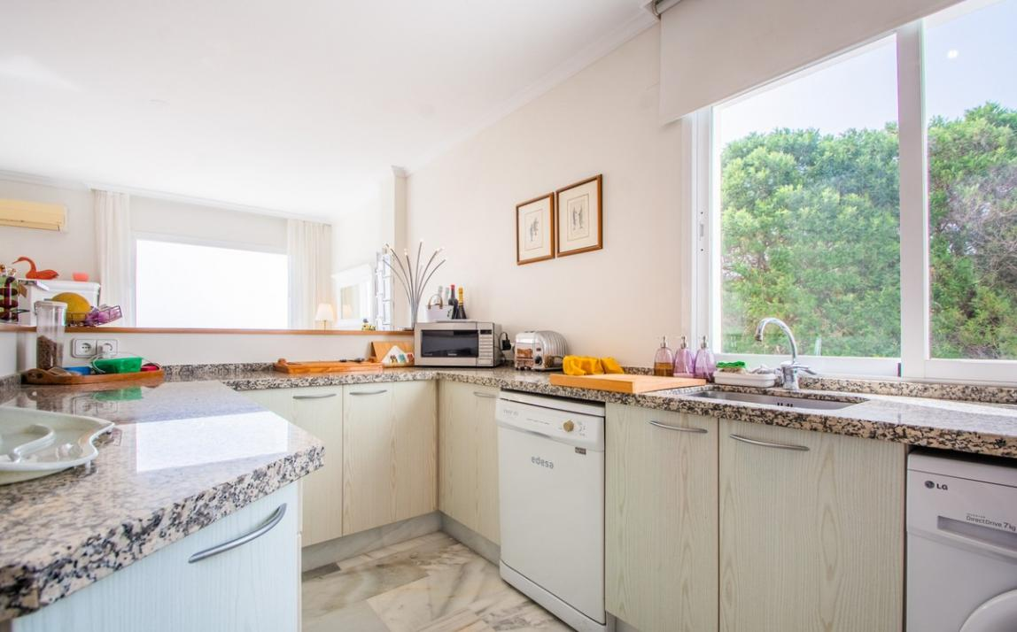 Apartment - Middle Floor, La Mairena Costa del Sol Málaga R3916156 9