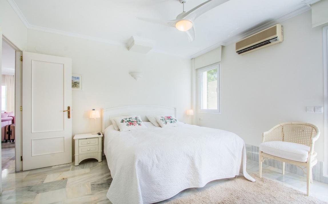 Apartment - Middle Floor, La Mairena Costa del Sol Málaga R3916156 12