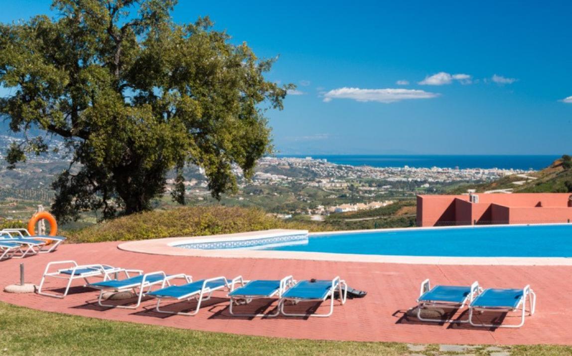 Apartment - Middle Floor, La Mairena Costa del Sol Málaga R3918760 1