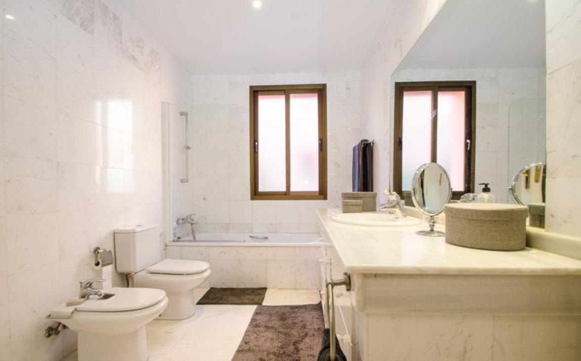 Apartment - Middle Floor, La Mairena Costa del Sol Málaga R3918760 2