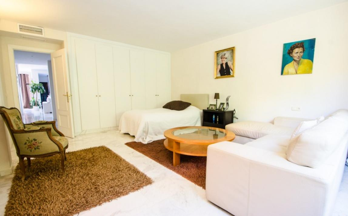 Apartment - Middle Floor, La Mairena Costa del Sol Málaga R3918760 5