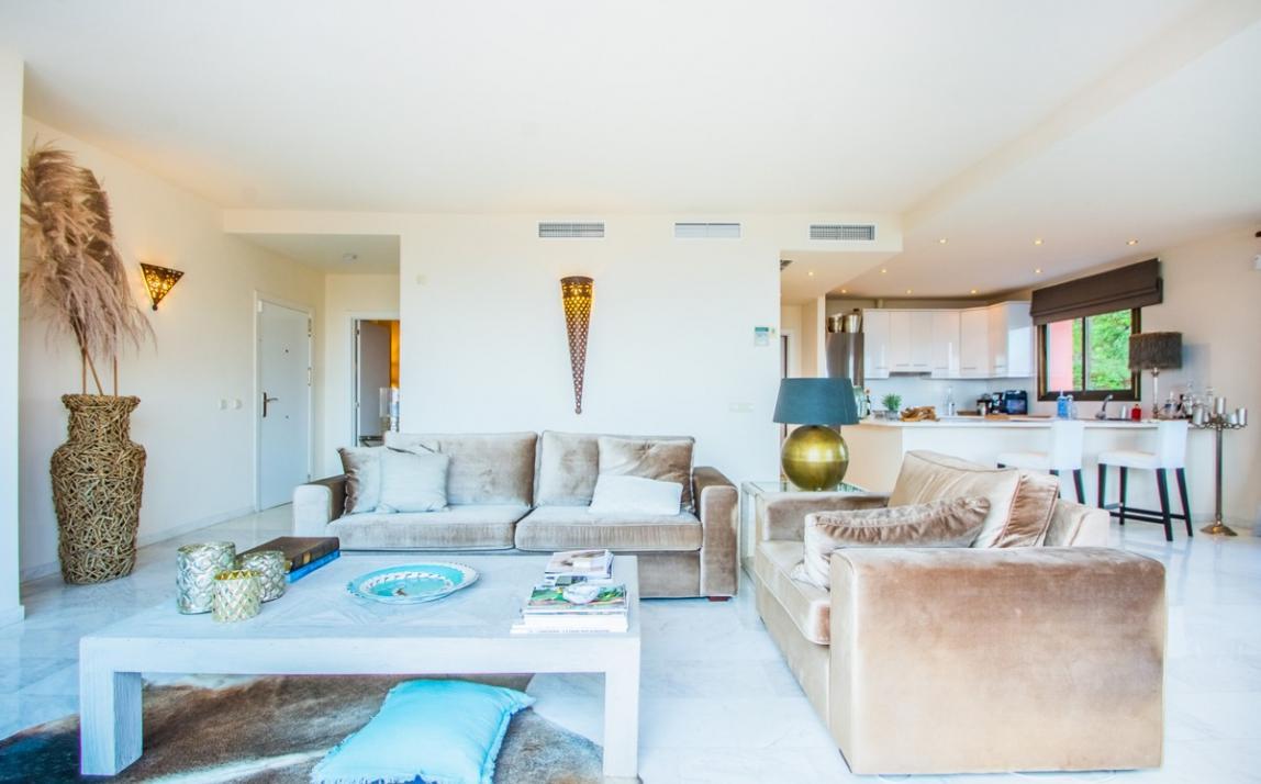 Apartment - Middle Floor, La Mairena Costa del Sol Málaga R3939547 4