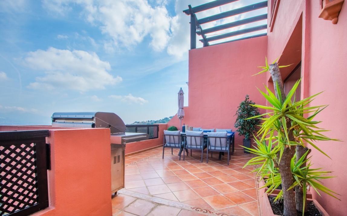 Apartment - Middle Floor, La Mairena Costa del Sol Málaga R3939547 7