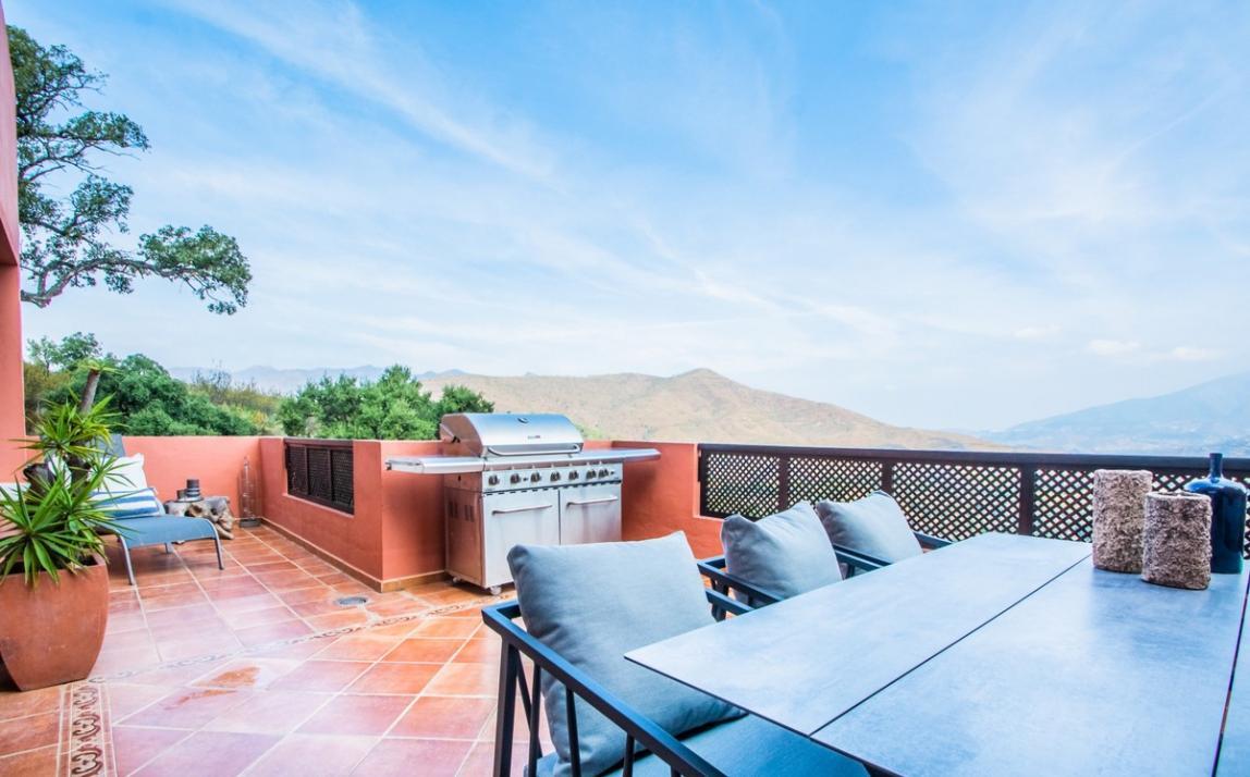 Apartment - Middle Floor, La Mairena Costa del Sol Málaga R3939547 9