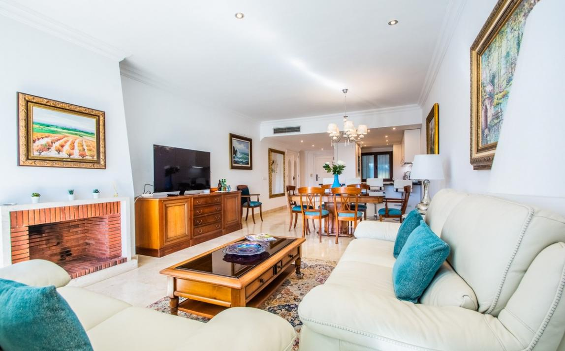 Apartment - Middle Floor, The Golden Mile Costa del Sol Málaga R3785416 8