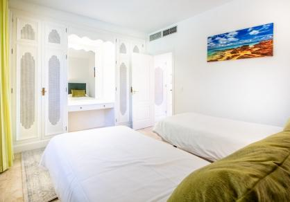 Apartment - Middle Floor, The Golden Mile Costa del Sol Málaga R3785416 42