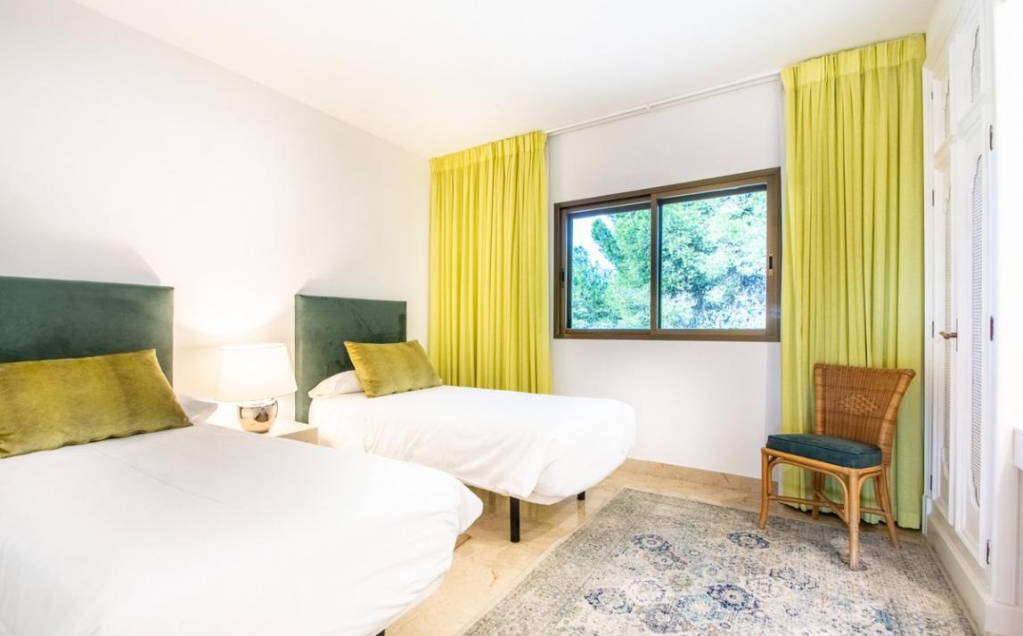 Apartment - Middle Floor, The Golden Mile Costa del Sol Málaga R3785416 16