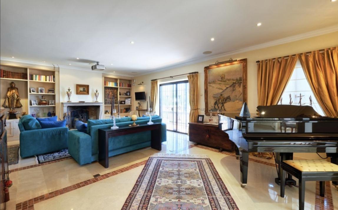 Commercial - Hotel, The Golden Mile Costa del Sol Málaga R3573901 14