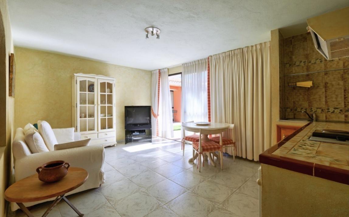 Commercial - Hotel, The Golden Mile Costa del Sol Málaga R3573901 15