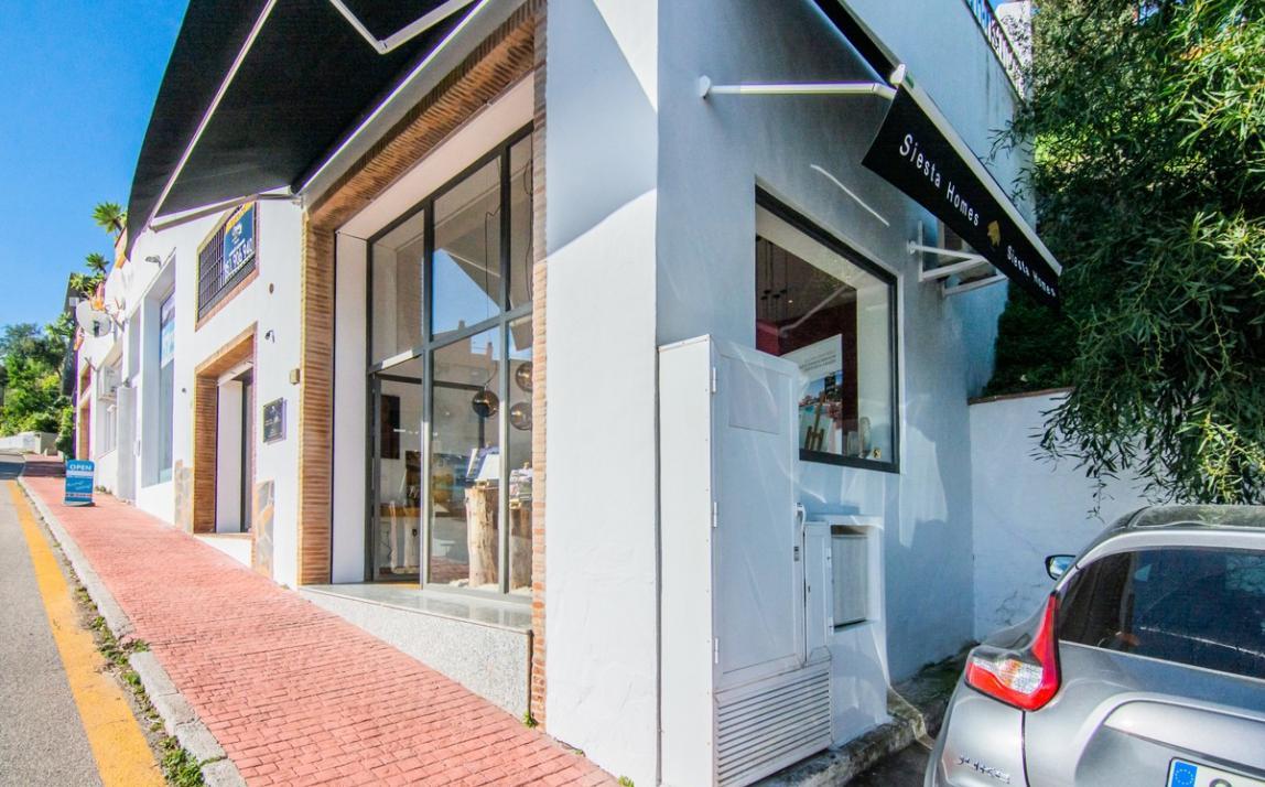 Commercial - Shop, La Mairena Costa del Sol Málaga R3575893-Rental 1