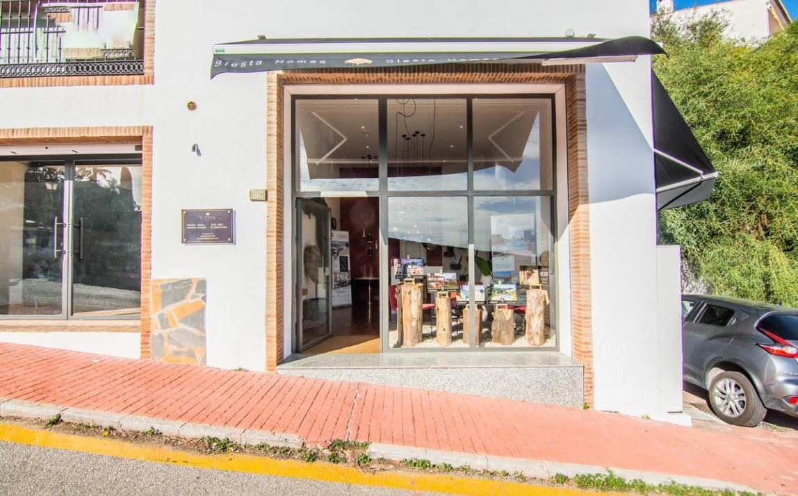 Commercial - Shop, La Mairena Costa del Sol Málaga R3575893-Rental 2