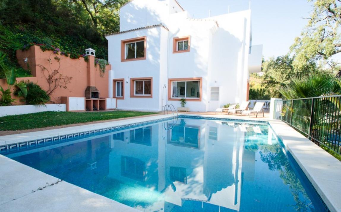 Villa - Detached, La Mairena Costa del Sol Málaga R2351930 1