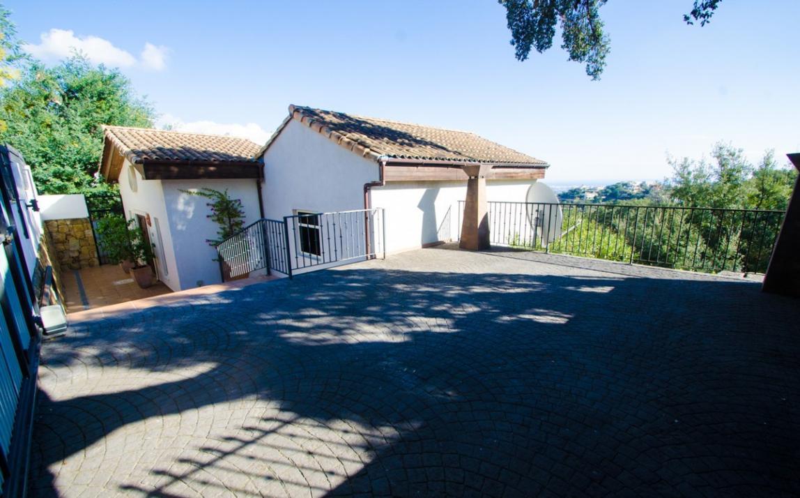 Villa - Detached, La Mairena Costa del Sol Málaga R2589626 17