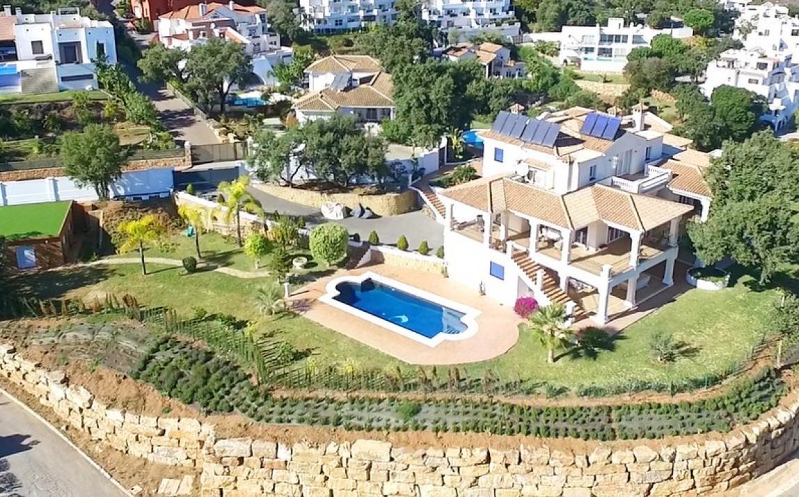 Villa - Detached, La Mairena Costa del Sol Málaga R3050344 1