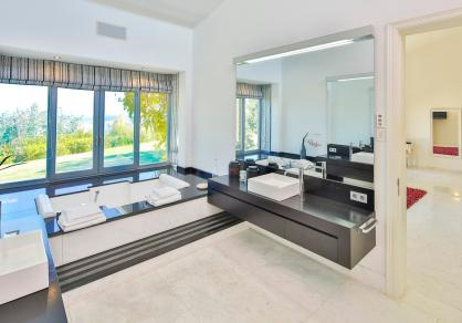 Villa - Detached, La Mairena Costa del Sol Málaga R3095488 91