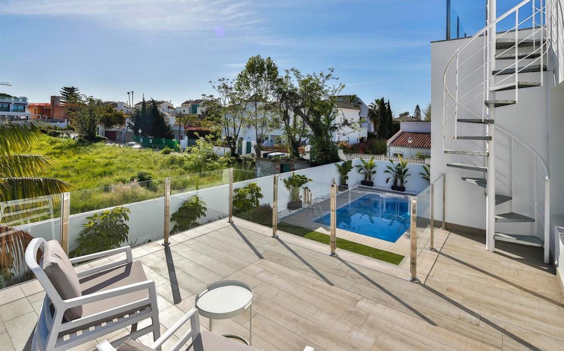 Modern villa for sale The Golden Mile Marbella R3166873 48